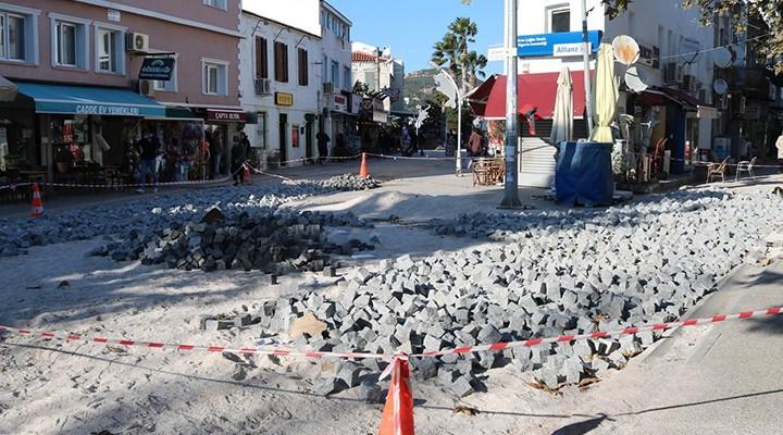 Foça'da Yapılan Yenileme Durduruldu